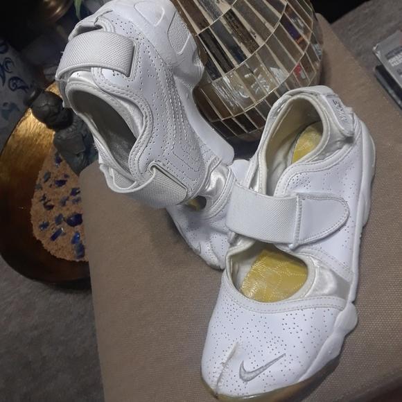 Nike Shoes   Nike Air Rift Trainers